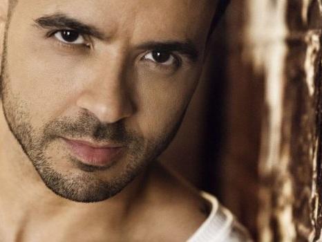 Audio e testo di Sola di Luis Fonsi, nuovo singolo dopo la collaborazione con Eros Ramazzotti