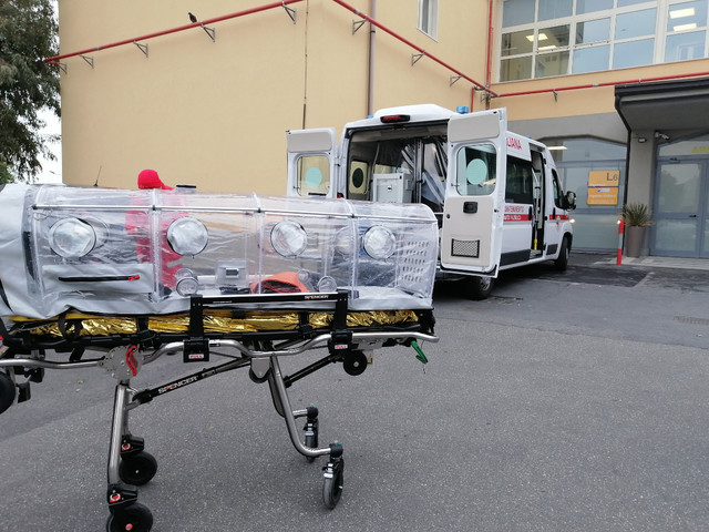 Cannizzaro: trasferiti due pazienti nell'albergo per l'isolamento dei positivi