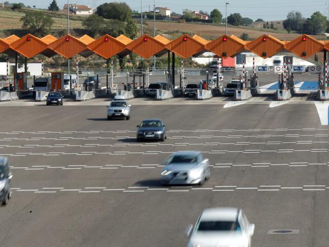 La spagnola Acs lancia la sfida ad Atlantia per mettere le mani sulle autostrade di Abertis
