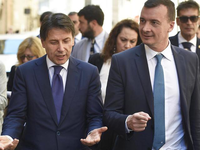 Stipendi: Rocco Casalino guadagna più del premier Conte