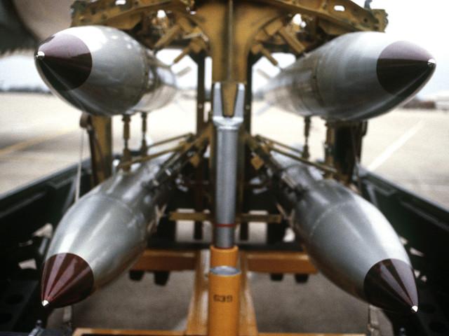Stampa belga rivela le località europee che ospitano le armi atomiche Usa. Ira della Nato