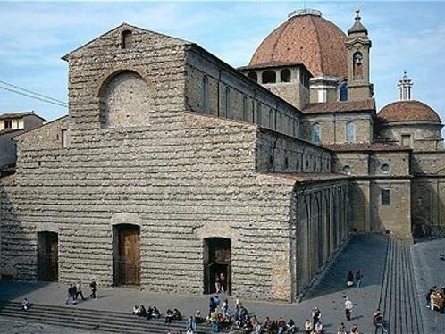 Firenze, F-Light Festival: si accendono luci sulla fiancata di San Lorenzo