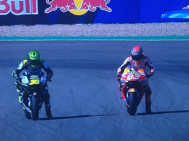 MotoGP, GP Andalusia prove libere 3: Viñales il più veloce; Marquez stringe i denti