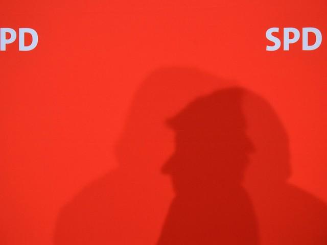 La sinistra tedesca ormai è da ridere: u comico si candida alla guida dell'Spd