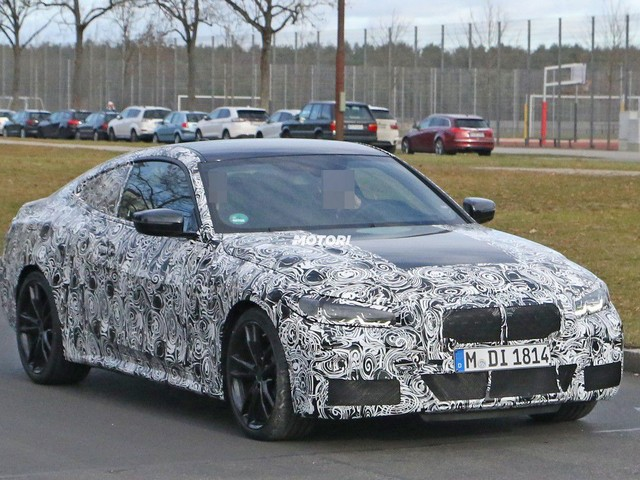 BMW Serie 4 restyling: nuove foto spia