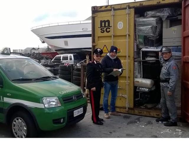 Traffico di rifiuti da Castagnero alla Nigeria via Genova: otto denunciati