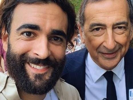 """Mengoni, il nuovo look scatena il web: """"Sembri Vessicchio"""""""