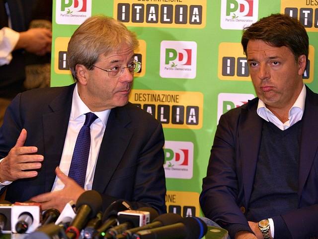 """Crisi di governo, l'audio di Renzi: """"Gentiloni voleva far saltare la trattativa con i 5 stelle. Non è detto che il Pd arrivi unito alle elezioni"""""""