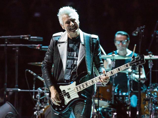 Adam Clayton: «Nel prossimo disco gli U2 saranno veloci e sporchi»