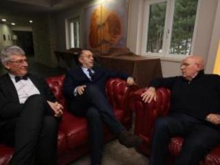 Sanità, la Giunta Oliverio ha nominato i commissari Scontro con il Ministro Grillo e M5S: «Inaccettabile»