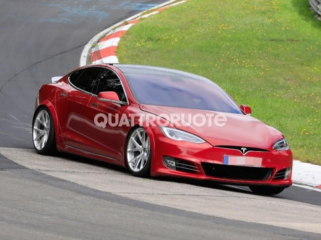 """Tesla - """"La Model S Plaid può girare in 7:20 al Ring"""""""