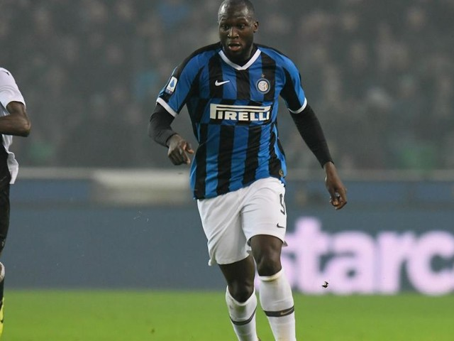 Ci pensa sempre Lukaku, doppietta all'Udinese e l'Inter torna a -3 dalla vetta