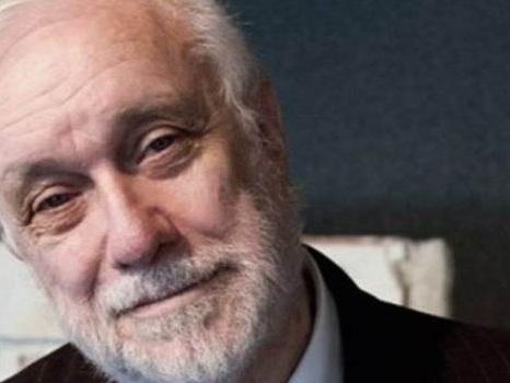 Addio a Luciano De Crescenzo, l'ingegnere filosofo che ci ha insegnato l'arte della vita buona