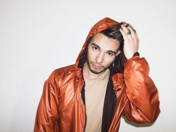 Il cantante Marco Carta arrestato per furto a Milano.