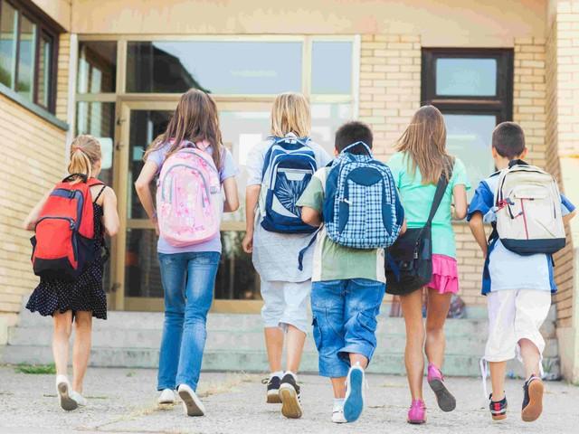 """""""In gioco il futuro dei ragazzi, si torni in presenza"""". Appello di docenti ed esperti di politiche scolastiche"""
