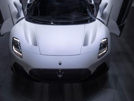 MC20: debutto cinese per la super sportiva Maserati MC20 all'Auto China 2020