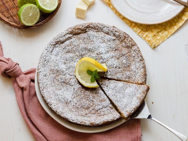 Torta anacaprese: la ricetta della variante soffice e profumata
