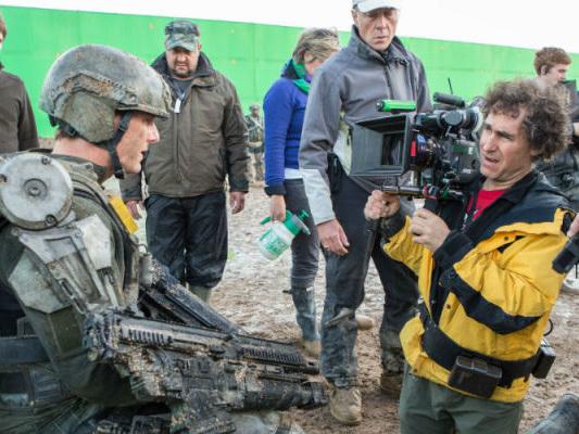 Doug Liman aggiorna sul film nello spazio con Tom Cruise