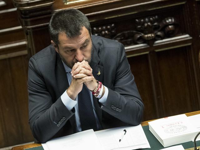 """Salvini lancia la sfida all'Ue: """"Ridiscuteremo i vincoli"""""""