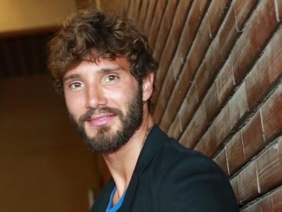 Stefano De Martino condurrà Made in Sud dal 25 febbraio su Rai2, adesso è ufficiale