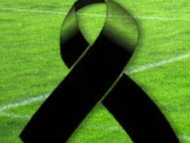 Lutto nel mondo del calcio: è scomparso Noah Gesser, giovane dell'Ajax