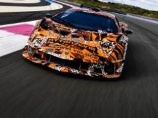 Lamborghini SCV12: attenzione macchina veloce! [Video]
