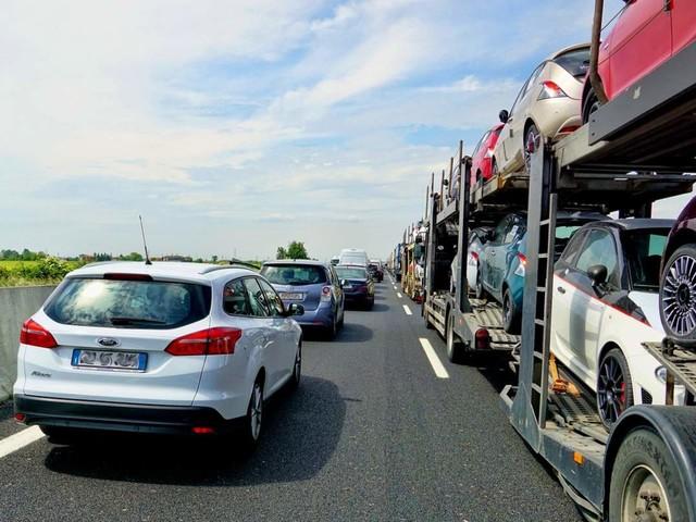 Traffico in autostrada, 23 novembre: incidente in A12, ritorna l'anticiclone
