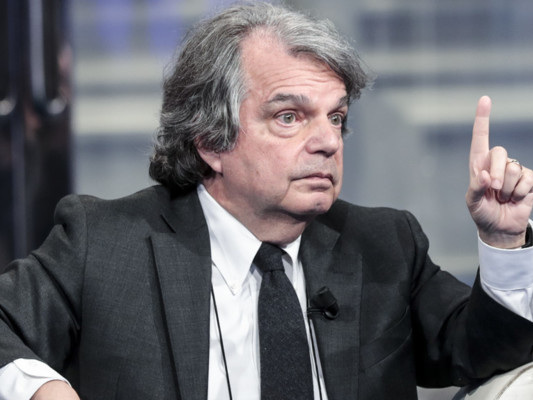 """""""Quella piazza non ci appartiene, non vado"""", dice Brunetta"""
