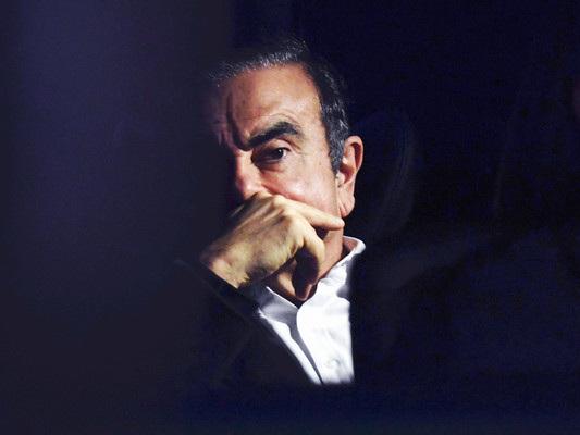 La fuga del secolo dell'ex presidente della Nissan,CarlosGhosn