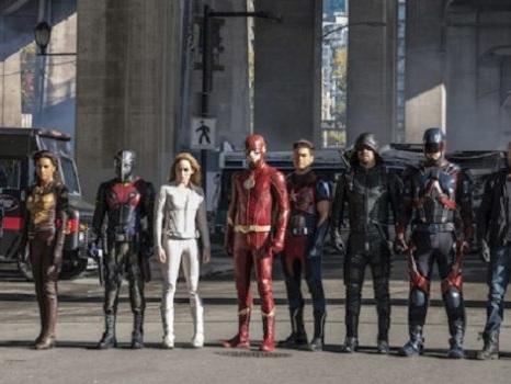 Crisis on Earth-X si conclude con The Flash 4 e Legends of Tomorrow 3 tra matrimoni e morti