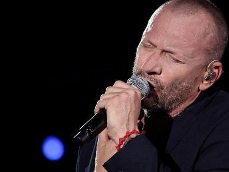 Annunciate le nuove date di Biagio Antonacci per il Dediche e Manie Tour, aspettando il nuovo album di inediti