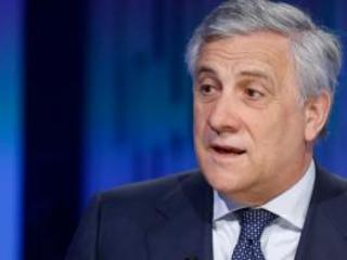 Tajani contro chi insulta la Segre. Ma tra questi c'è anche un suo collaboratore