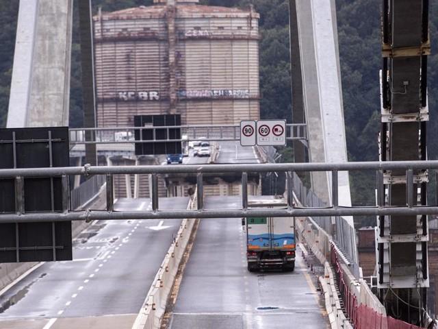 I percorsi stradali alternativi per chi deve raggiungere il porto e l'aeroporto di Genova
