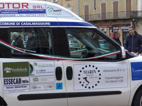"""Auser """"Carlo Tiradini"""", nuovo Fiat Doblò donato con la raccolta fondi tra commercianti"""
