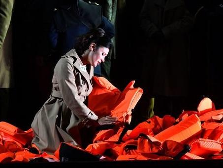 Boom di incassi e pubblico per il festival Verdi: il record è del contestato Nabucco di Ricci/Forte