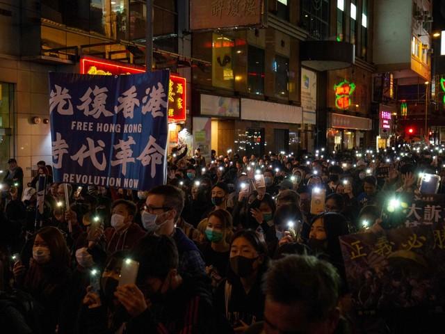 Scelta facile, e Hong Kong?