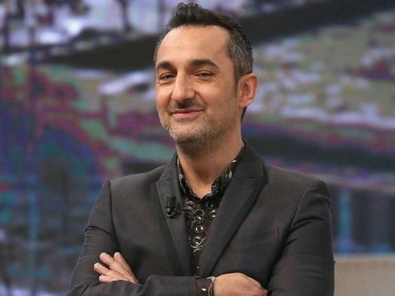 Programmi TV di stasera 15 ottobre: partita Liechtenstein-Italia su Rai 1, Le Iene Show su Italia 1