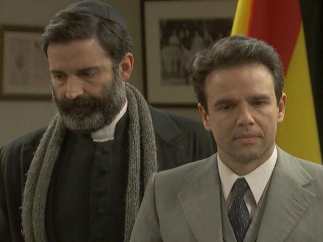 Il Segreto, episodi 21-22 settembre: Don Berengario e Leal sul punto di essere smascherati