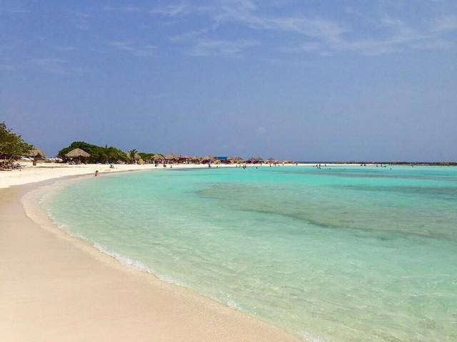Vinci un viaggio ad Aruba, nei Caraibi