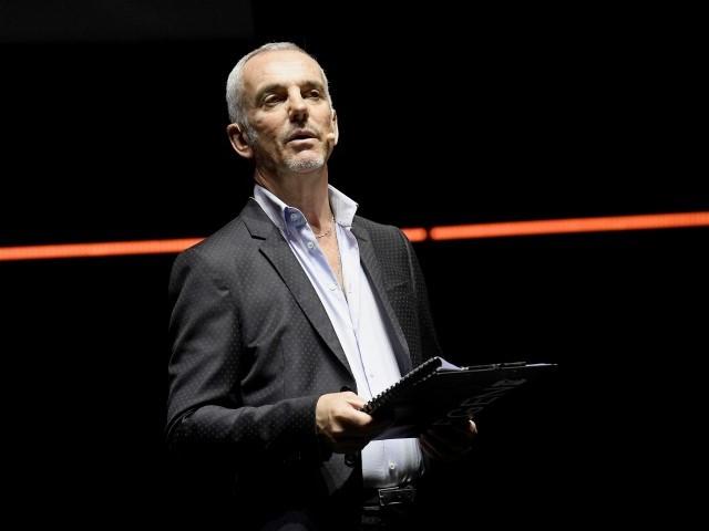 Federico Buffa tra sport e poesia con «Il rigore che non c'era»