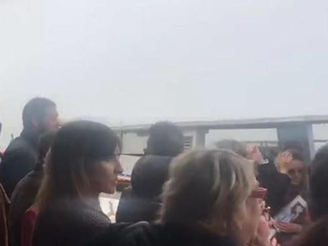 Venezia, corse incerte per la nebbia: momenti di tensione fra i viaggiatori