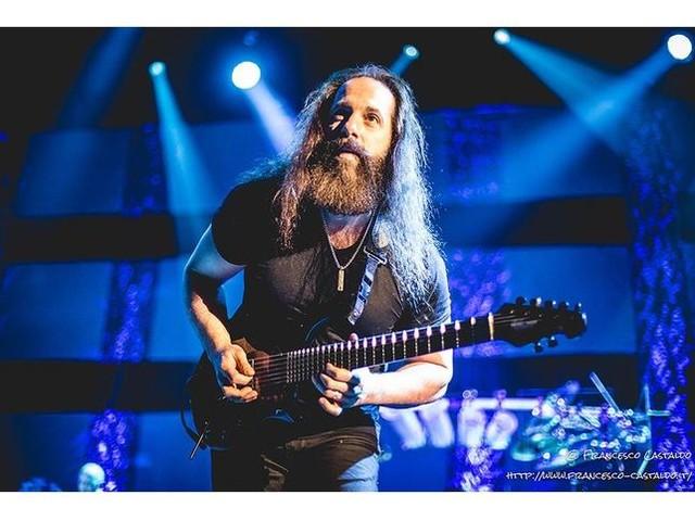 """John Petrucci (Dream Theater) parla dei Rush: """"Sono la prima band che ho visto in concerto"""""""