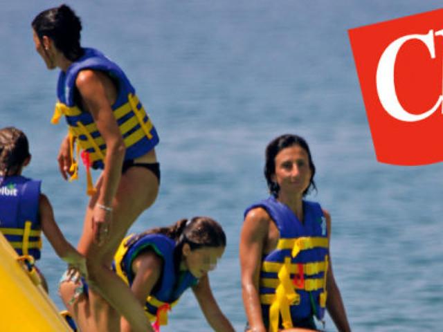 Ai politici (e famiglia) piace la vacanza italiana e low cost. Le mete preferite dai leader