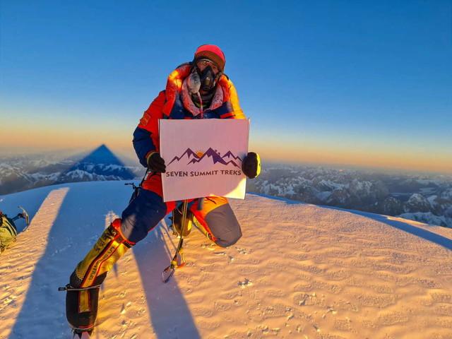 I nepalesi che fecero l'impresa: prima invernale al K2 per 10 sherpa