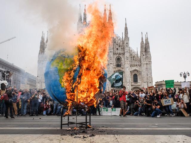 Clima, Fridays for Future: gli studenti tornano in piazza