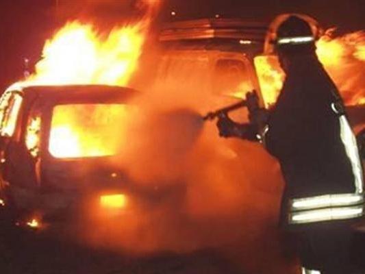 Pescara: incendio all'auto di un buttafuori