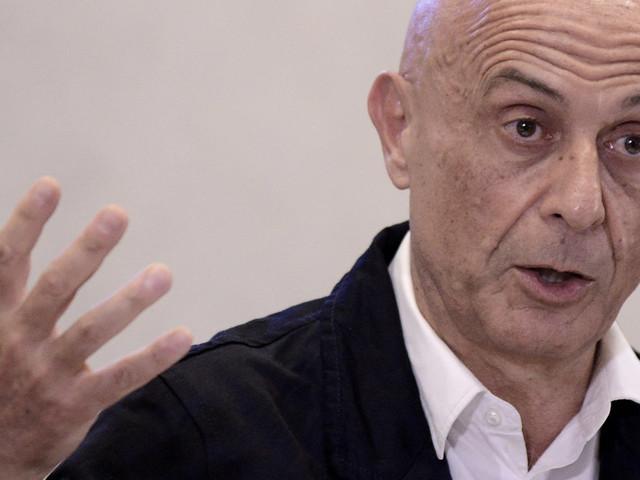 """Minniti prova a convincere la Versiliana. """"Diritti umani mia battaglia personale"""""""