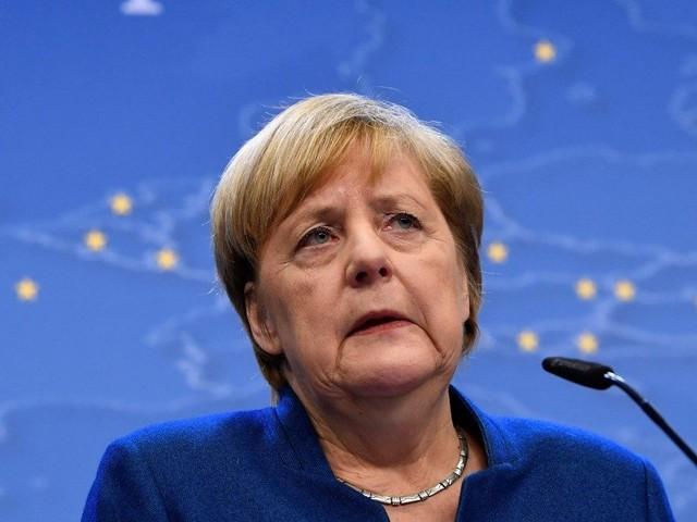 L'Europa sempre più nel caos: la Merkel non vuole pagare