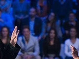"""Sanremo 2019, Iva Zanicchi contro Claudio Baglioni: """"Ha pensato bene di non invitarmi. Se mi scartava gli spaccavo la faccia"""""""