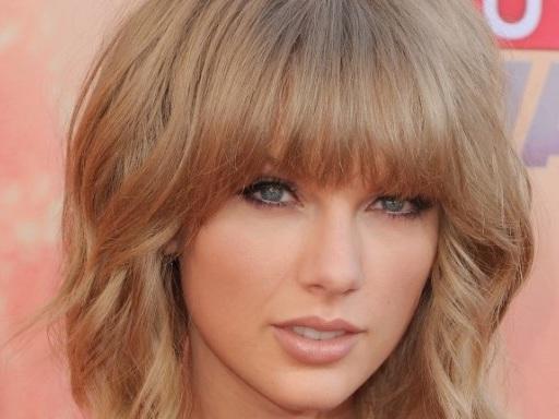 "Taylor Swift: è uscita ""Gorgeous"", nuova canzone da ""Reputation"""